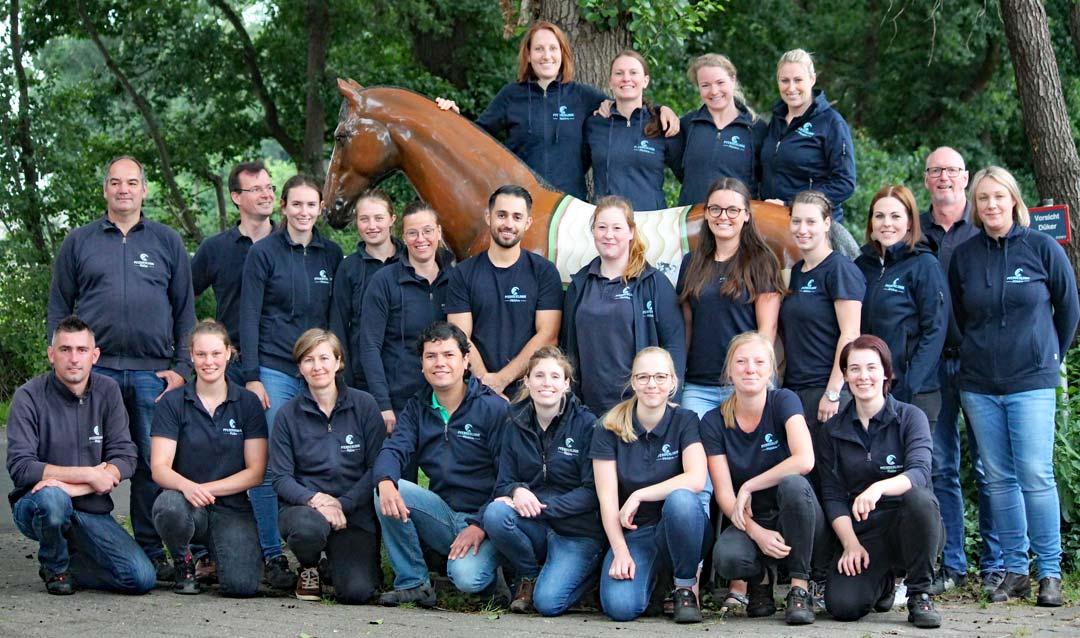 Das Team der Pferdeklinik Mühlen 2020
